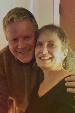 SEAN HICKEY '79 AND JANIS BAUER '79 RECALL FIRST KISS