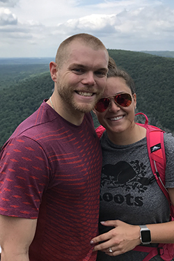 JESSICA OLIVA '10 AND JASON OSZVART '11 MAKE ESU PART OF THEIR ENGAGEMENT